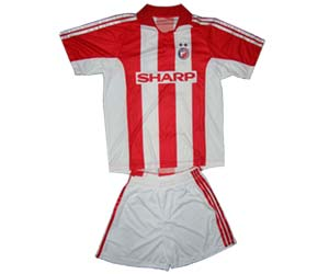 Red Star soccer kit   YU Sport Shop d33fe4979